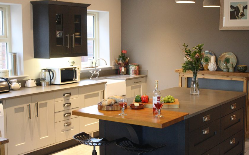deery kitchen design with island unit